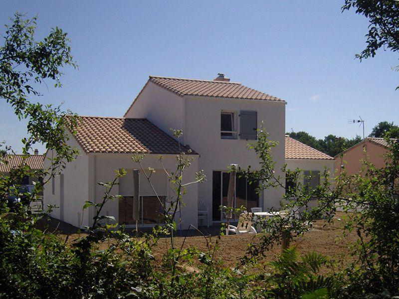 Maison neuve - La Ferrière - 85